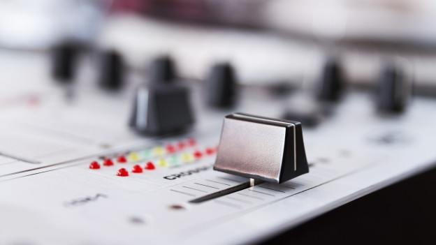 Regler einer Musikanlage