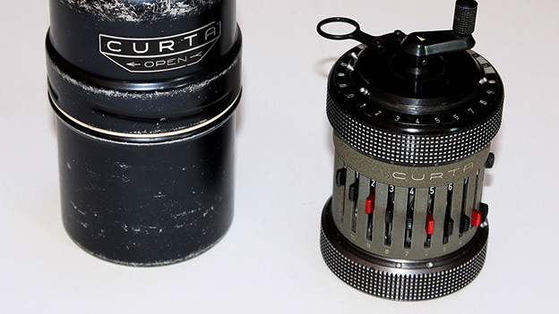 Eine Curta Type II.