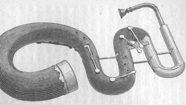 Schwarz-Weiss-Zeichnung eines schlangenförmigen Blasinstrumentes.