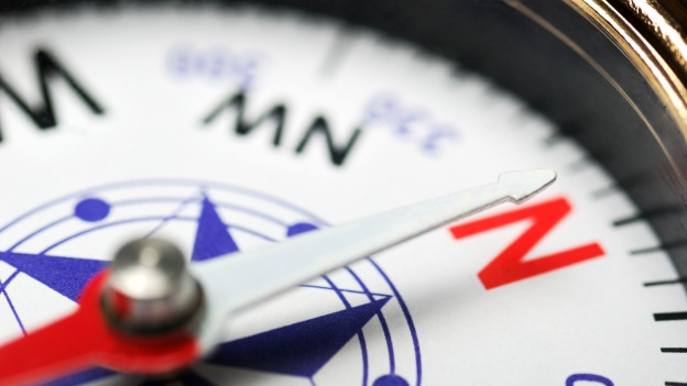 Nahaufnahme eines Kompasses