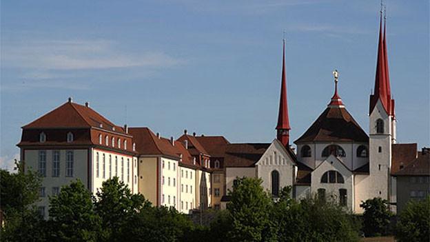 Sicht auf das Kloster Muri.