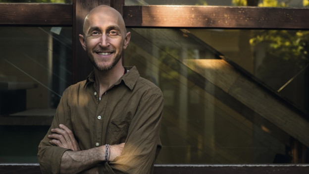 Portrait von Michael Hugentobler