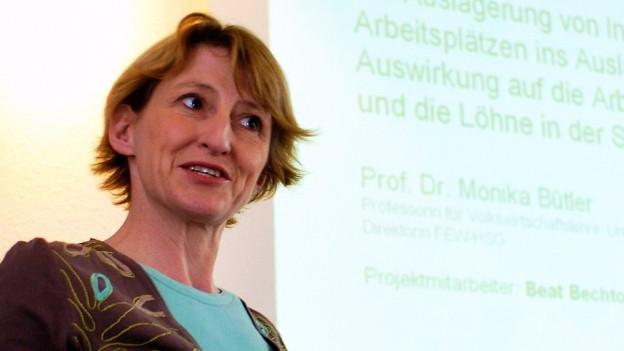 Portrait der Bankerin Monika Bütler.