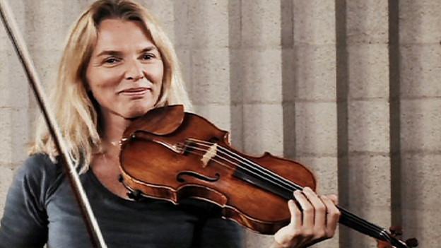 Julia Becker - die erste Konzertmeisterin beim Tonhalle Orchester.