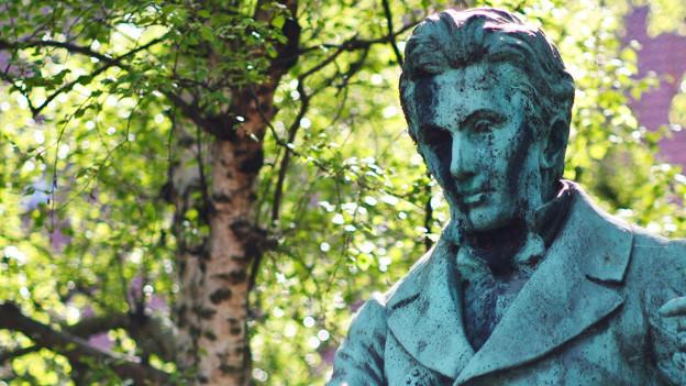 Der dänische Philosoph, Essayist und Theologe Sören Kirkegaard (1813-1855).
