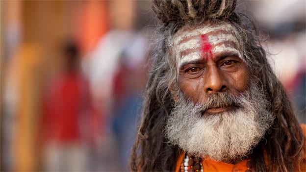 In Bhajans besingen Gläubige, hier ein hinduistischer Sadhu, ihre Liebe zu Gott in einfachen Worten.