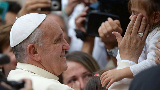 Papst Franzsikus bei seinem Besuch in Assisi in Italien.