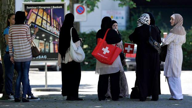 Junge Musliminnen in der Schweiz.
