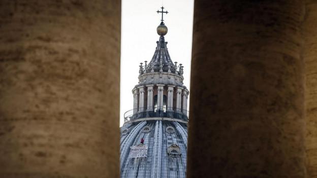 Petersdom: Eine neue vatikanische Kommission berät über die Diakoninnenweihe.
