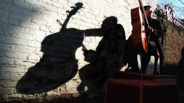 27 Konzerte für Violoncello: Antonio Vivaldi komponierte entgegen der Norm.