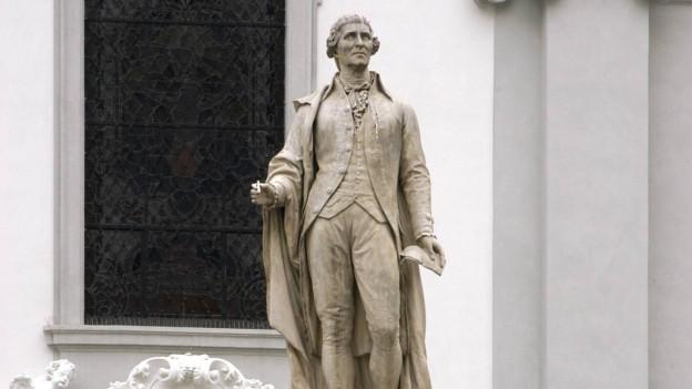 Eine Statue von Joseph Hayden in Wien.