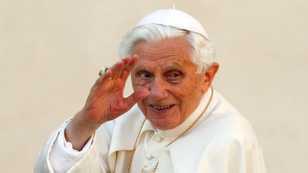 Papst Benedikt ist erst der zweite Papst in der Geschichte, der sein Amt zu Lebzeiten aufgibt.