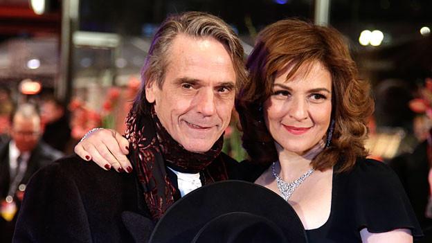 Sie spielen in Nachtzug nach Lissabon Gregorius und Mariana: Jeremy Irons und Martina Gedeck