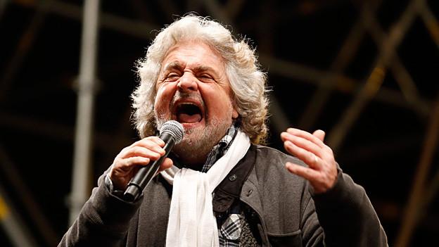 Wurde ohne politisches Programm zur drittgrössten Kraft in Italien: Komiker Beppe Grillo