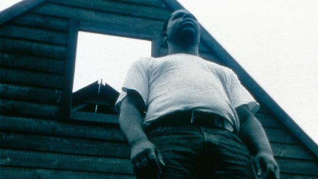 Videostill von Steve McQueens Film «Deadpan»