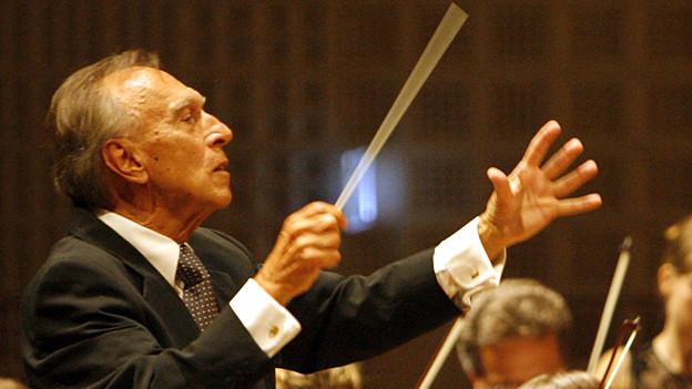Gilt als Publikumsmagnet: Dirigent Claudio Abbado