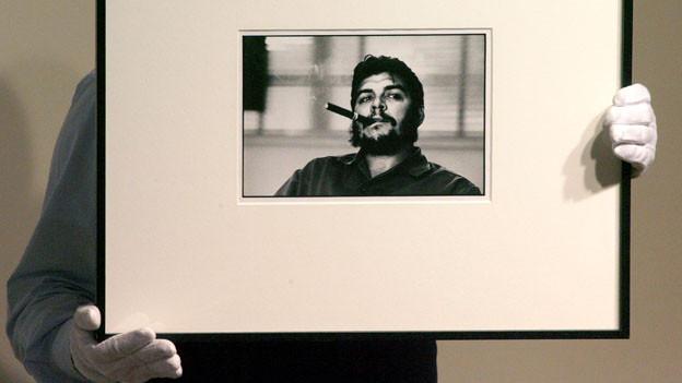 René Burri erlangte Bekanntheit durch seine Porträts des Revolutionärs Ernesto Che Guevara.