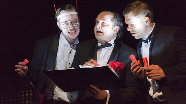 Paul Grill, Martin Hug und Jan Viethen in einer Szene von «Der Park» am Theater Basel.