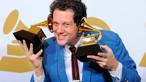 Michael Giacchino an der Grammy Preisverleihung 2010.