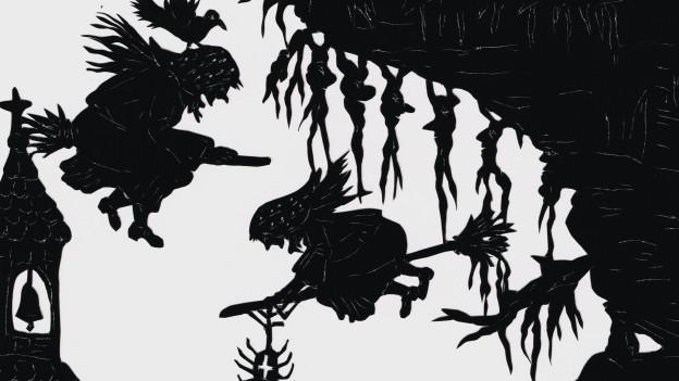 Hexen fliegen in der Luft, am Rand ein Kirchturm.