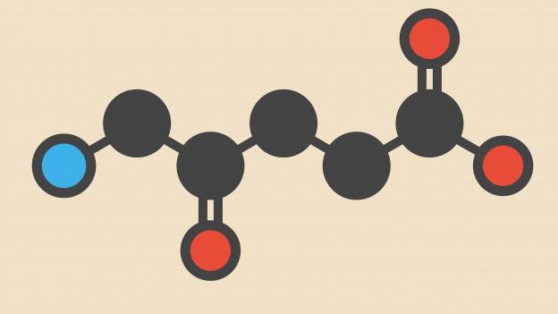 Modell eines Moleküls mit zehn miteinander verbundenen Punkten.