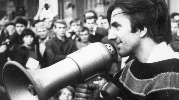 Rudi Dutschke an einer Demonstration im April 1968.