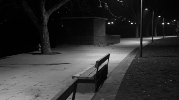 «Wo wir sind»: Sechs Menschen begegnen sich nachts im Park.
