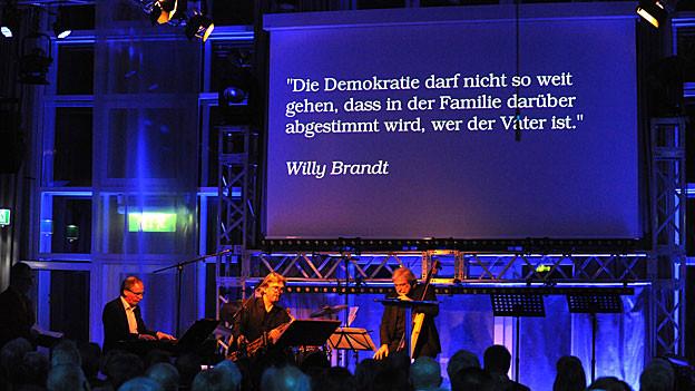 Die Band «Schlag auf Schlag» sorgt für «The Sound of Democracy».
