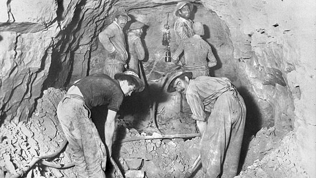 Arbeiter am Tunnelbau in Tecknau