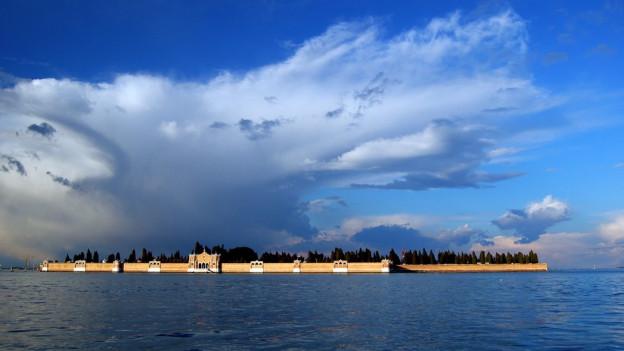 Die Insel San Michele bei Venedig.