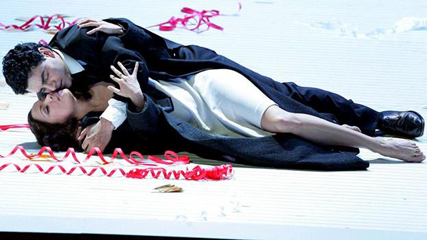 Anna Netrebko als Violetta Valery in der Oper «La Traviata» von Giuseppe Verdi an den Salzburger Festspielen.