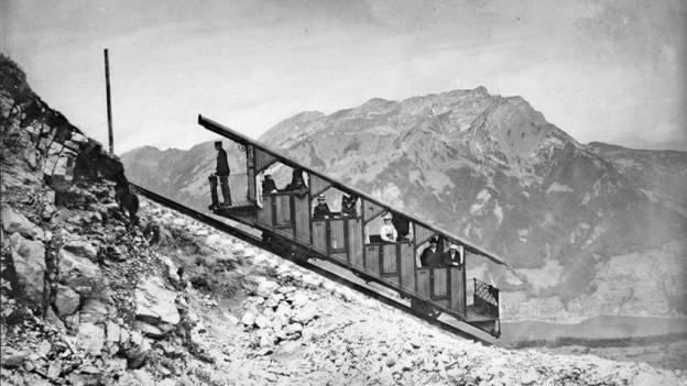 Eines der ersten Bilder der Stanserhornbahn (1893).