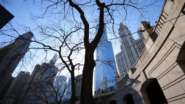Schauplatz des Hörspiels: Chicago.