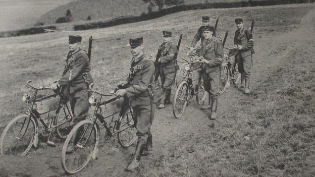 Schweizer Soldaten im 1. Weltkrieg