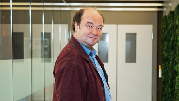 Kamil Krejci spielt Lars Suter.