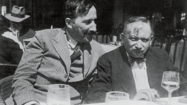 Stefan Zweig und Philipp Roth in Ostende, Belgien, 1936.