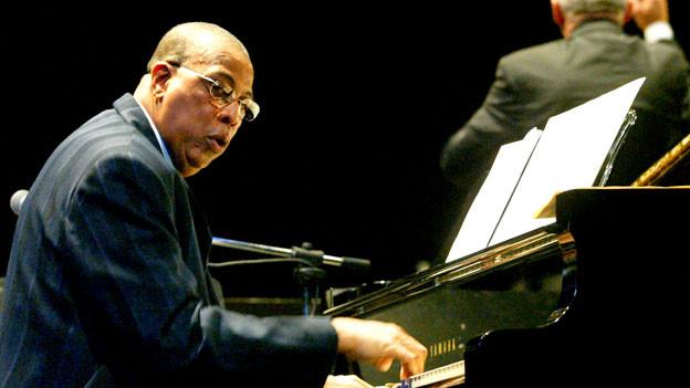 Chucho Valdes schreibt seit mehr als 50 Jahren die Cuban-Jazz-Geschichte fort, die sein Vater angefangen hatte.