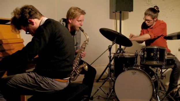 Aufnahme der Band im Proberaum