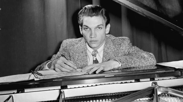 Der Komponist Bob Graettinger.