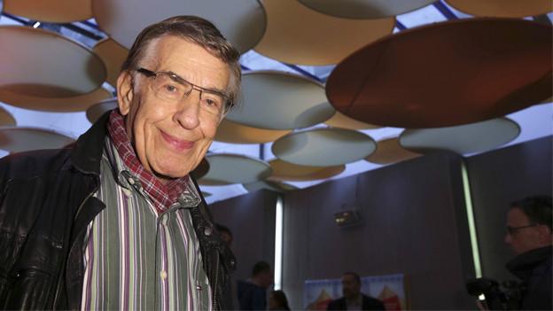 Rolf Kühn eingeladen an eine Filmpremiere.