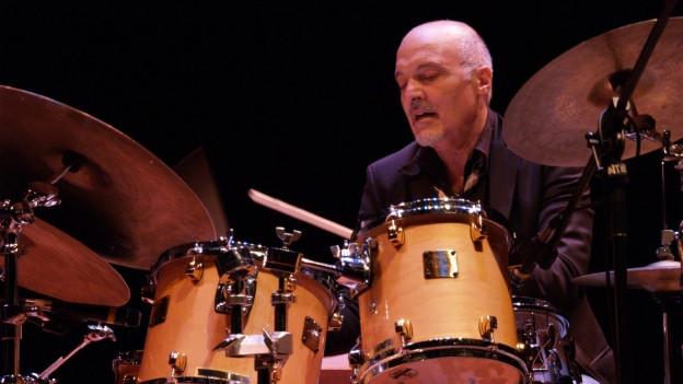 Der Schlagzeuger Aldo Romano