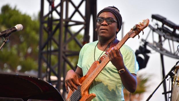 Richard Bona am Jazz-Festival in Antibes