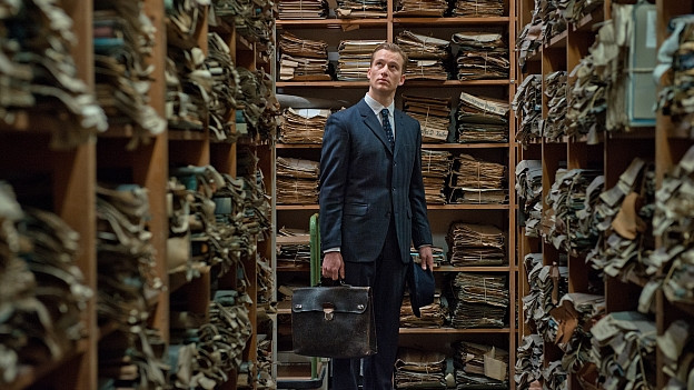 Alexander Fehling im Film «Im Labyrinth des Schweigens»