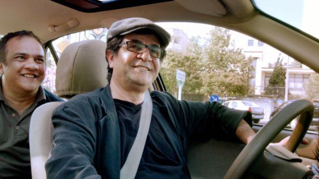 Regisseur Jafar Panahi in seinem «Taxi Teheran»