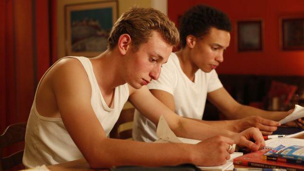 Kacey Mottet Klein und Corentin Fila in «Quand on a 17 ans»