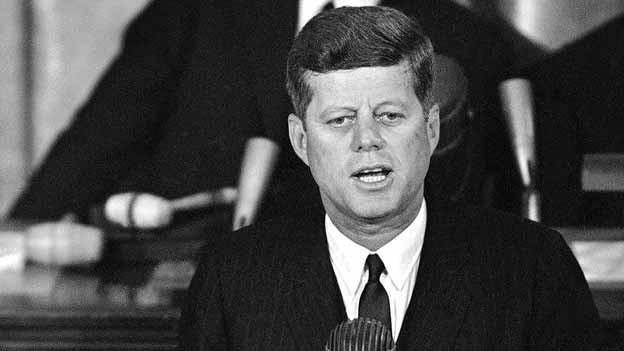 John F. Kennedy hält 1963 eine Ansprache im «House Chamber».