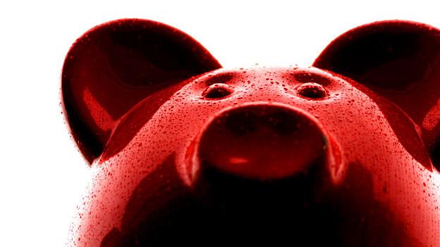 Ein überdimensioniertes Sparschwein, Kunstinstallation in Madrid.