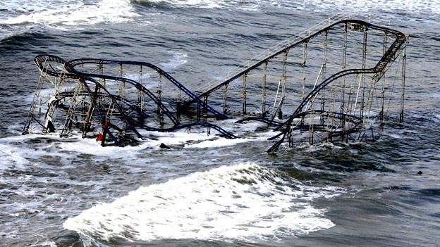 Im US-Staat New Jersey wurde während «Sandy» die Achterbahn von Seaside Heights überschwemmt.