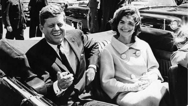 Der Ex-Präsident John F. Kennedy und die First Lady im Jahre 1961