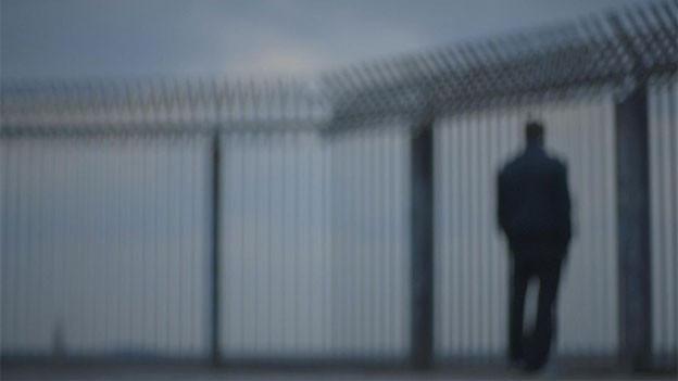 Szene aus «Ich bin hier» von Eleni Ampelakiotou, ein experimenteller Dokumentarfilm über die Gedankenwelt eines straffälligen Jugendlichen.